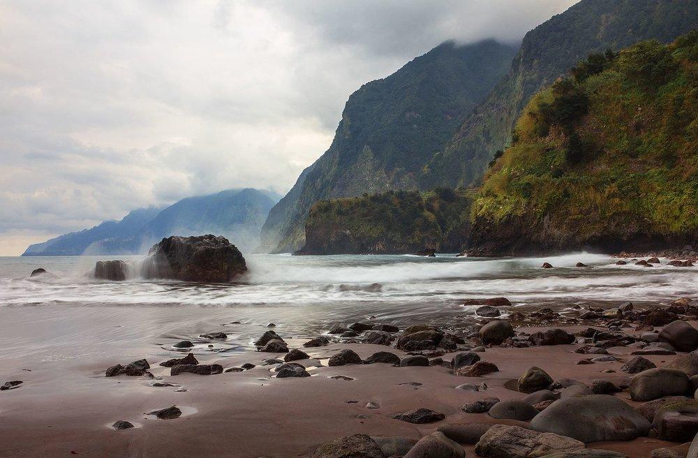 Madeira_shore.jpg