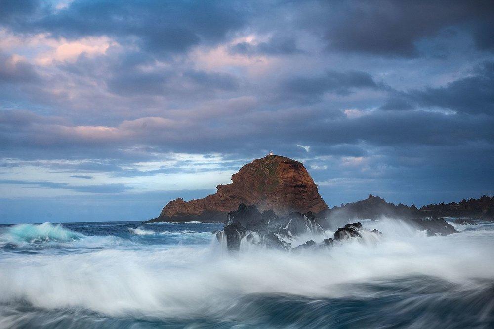 Ocean_surf.jpg