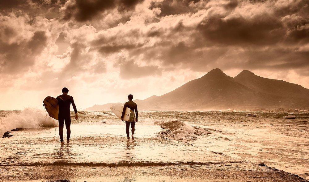 Surfers_IV.jpg