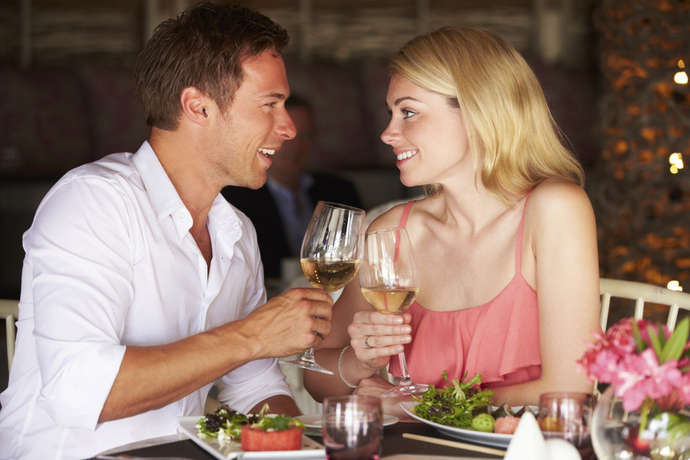 couple dining 3.jpg