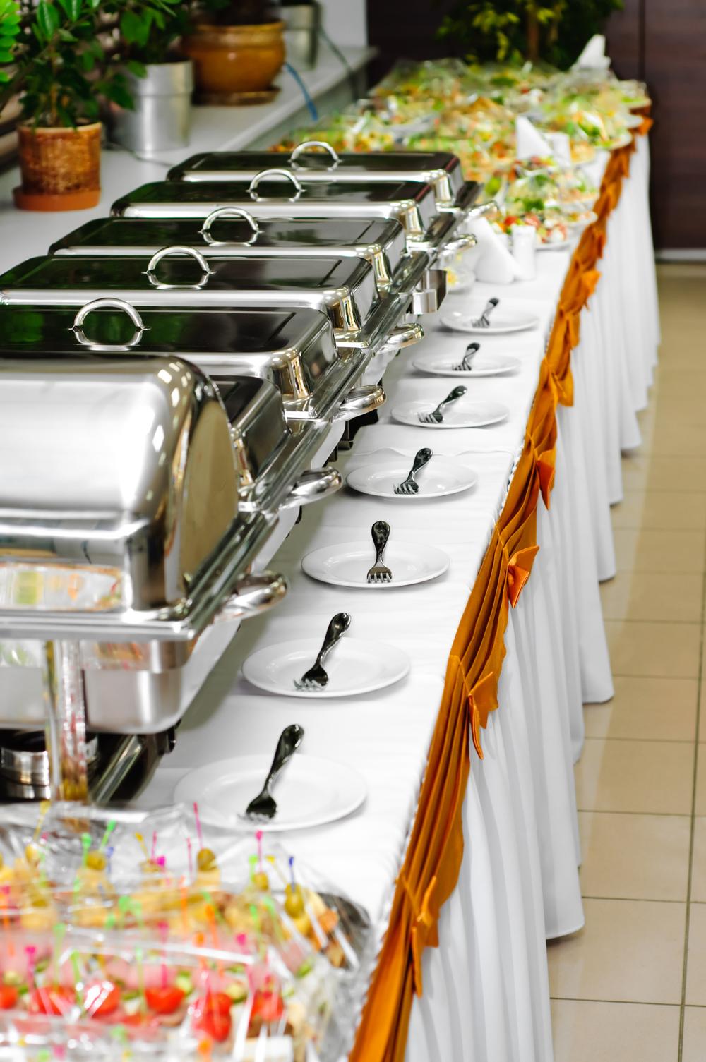 chafing dishes buffet.jpg