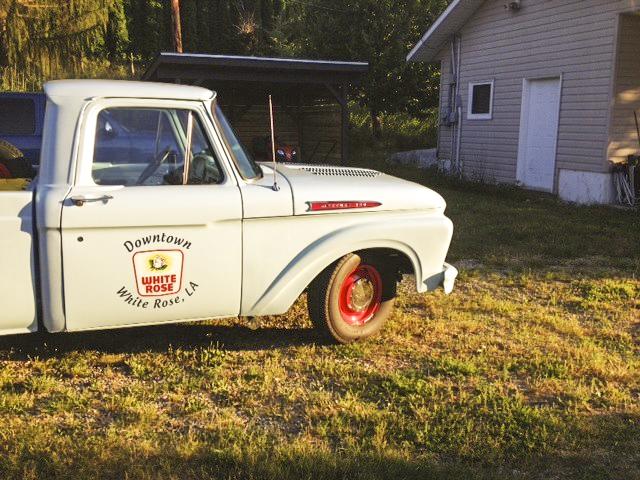 whiteRose_truck.jpg