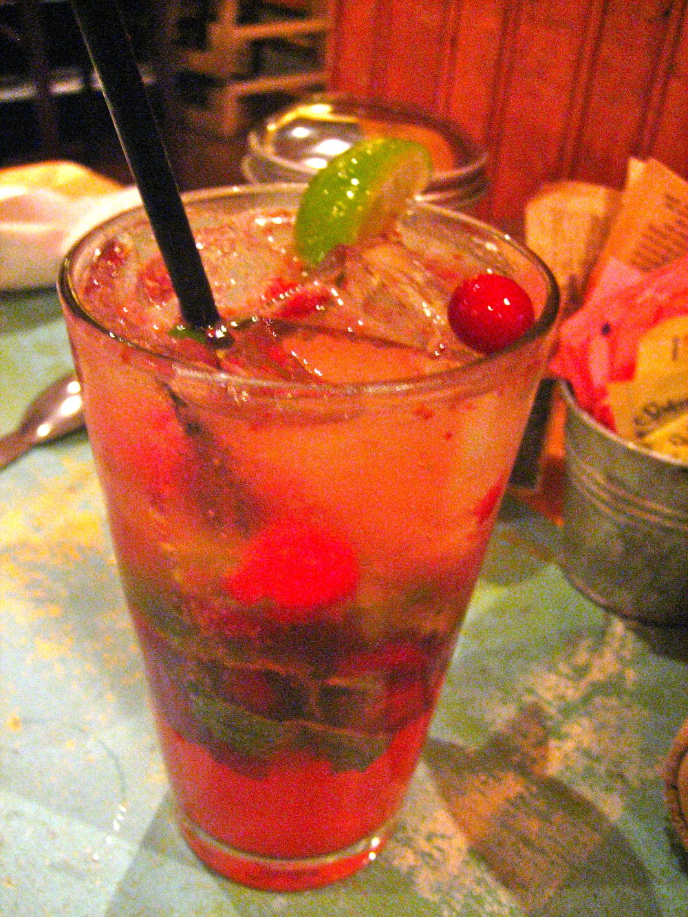 Coconut-cranberry mojito, a perfect combination of the best flavors ever.