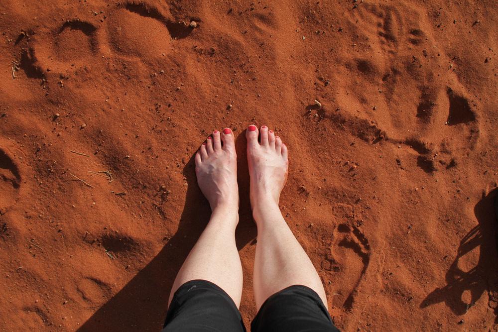 red-sand-feet-uluru.jpg