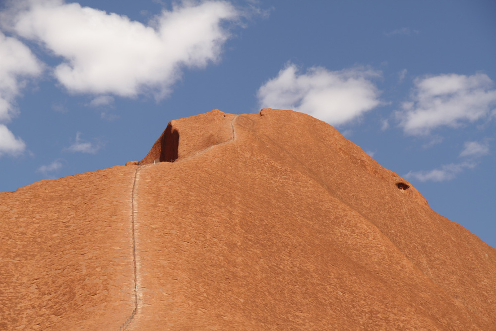 uluru-climb-ayers-rock.jpg