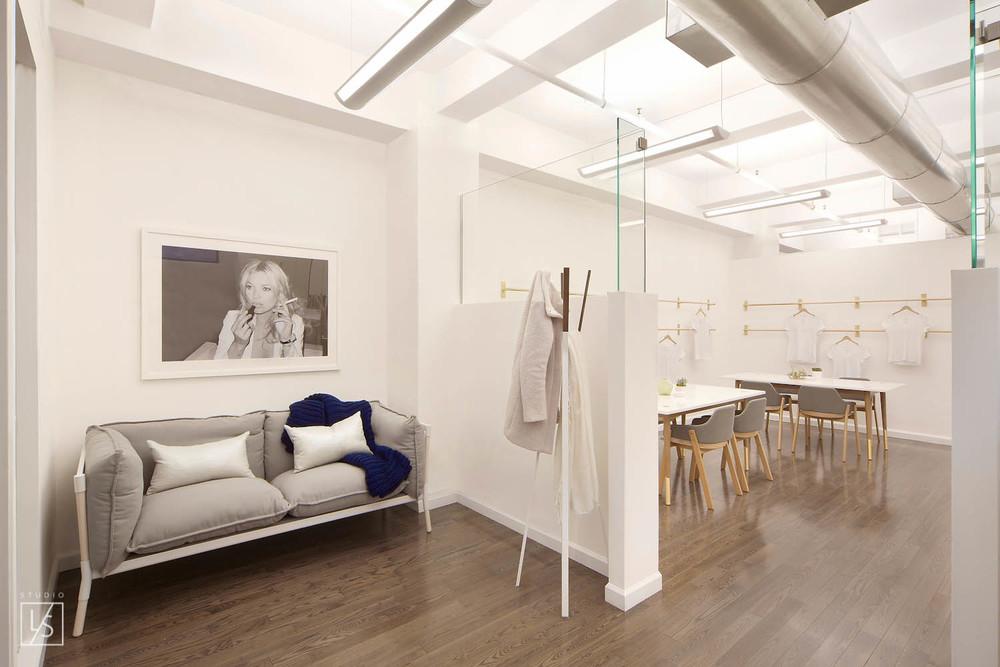 showroom05.jpg