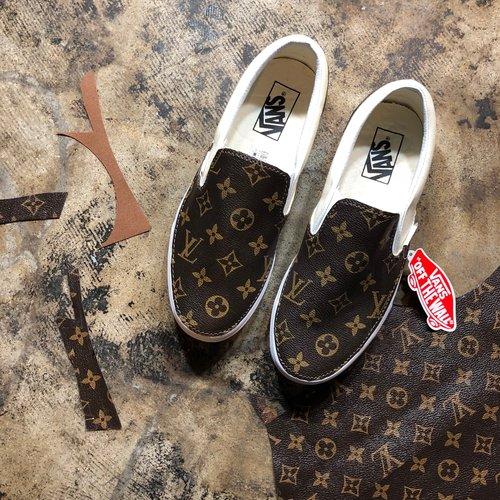 b85b69522827 Canvas Slip-On Vans Custom Cream — vintagewavez