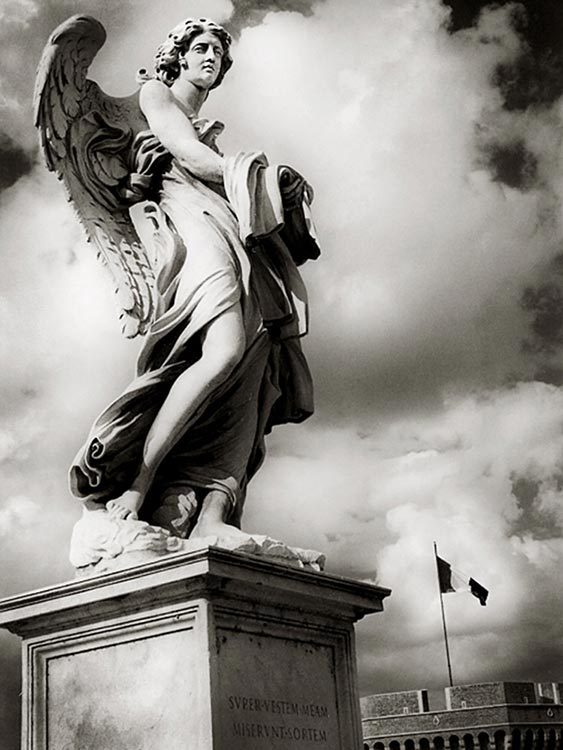 p-Italy-statue (2016_05_13 12_13_08 UTC).jpg