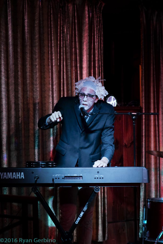 Bernie Sanders Cabaret