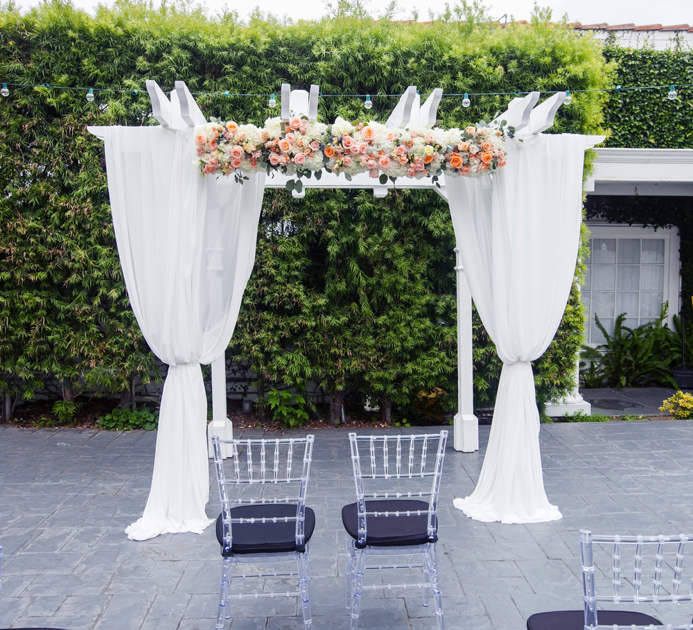 classic Draping - Double-panel draping of gazebo(Florals not included)$200