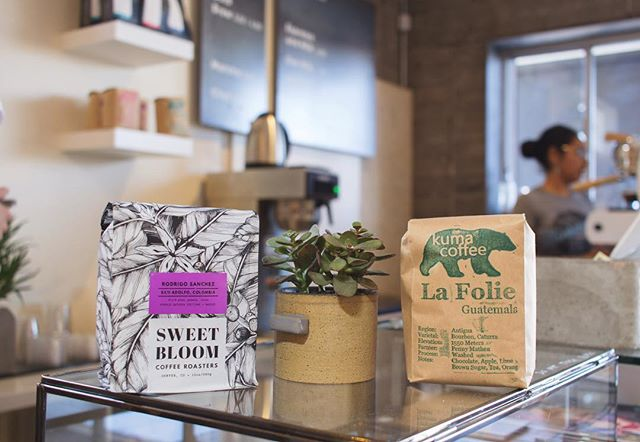 Need some beans on your way home? We are stocked up on bags at the moment, including these two favorites from @sweetbloomcoffee and @kumacoffee 🤘🏻☕️ Beans:  Rodrigo Sanchez Colombia Purple Caturra, grown by the amazing @rodrigosanchez09 💜 La Folie Guatemala 🌱