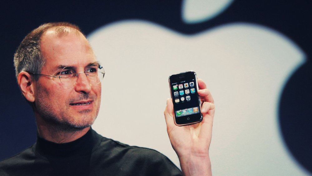 Steve Jobs Announcing the Launch of iPhone. Source: http://wired.com