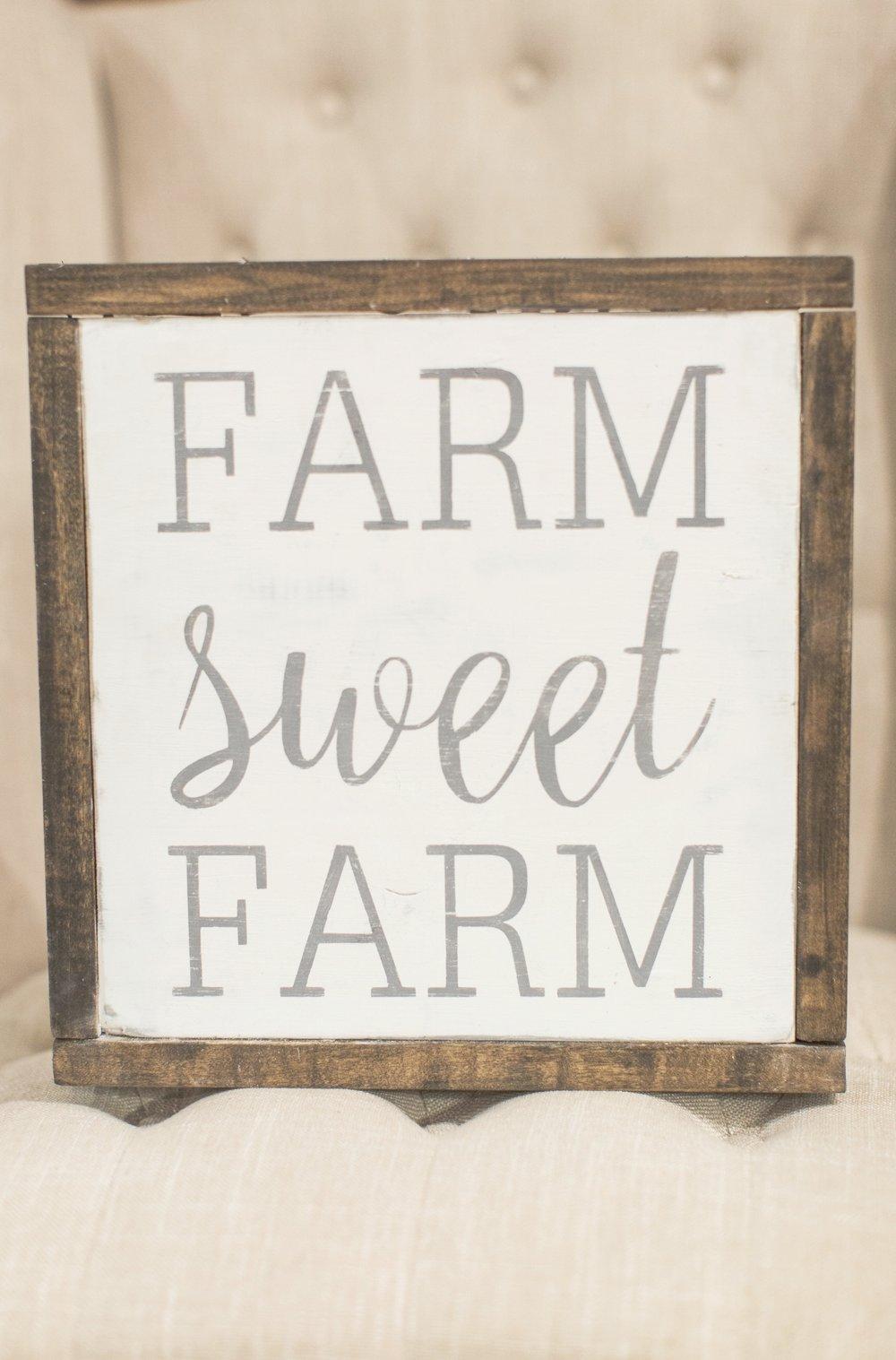 fall decor | farm sweet farm | handmade sign | stephanie lynn photography