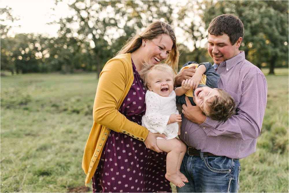 Farm Family Session_Midwest Wedding Photographer_Stephanie Lynn Photography_0093.jpg