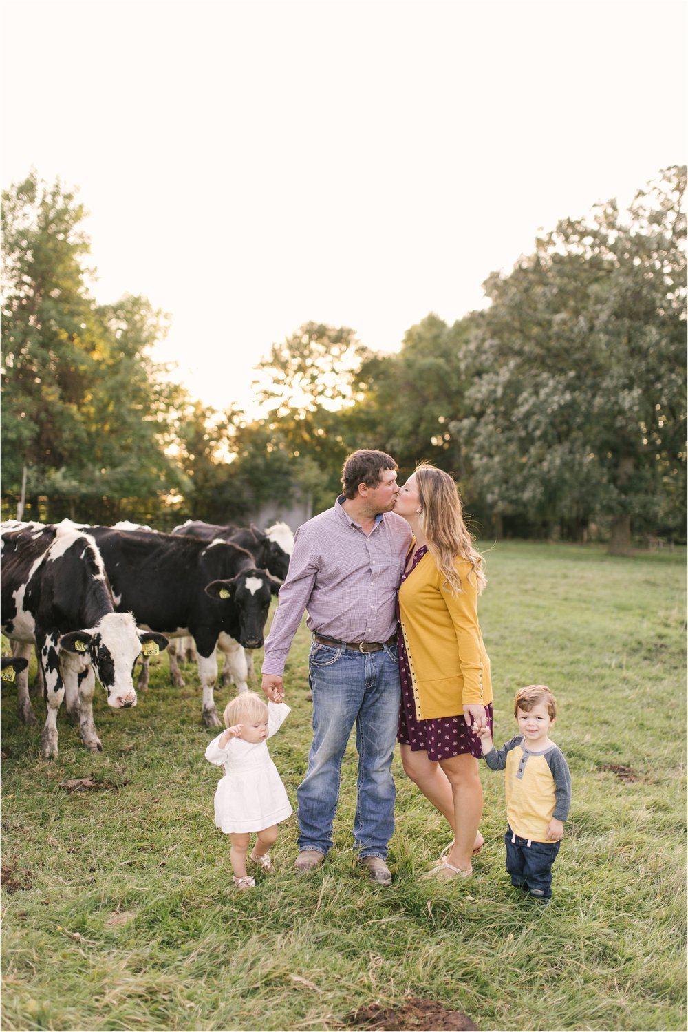 Farm Family Session_Midwest Wedding Photographer_Stephanie Lynn Photography_0081.jpg