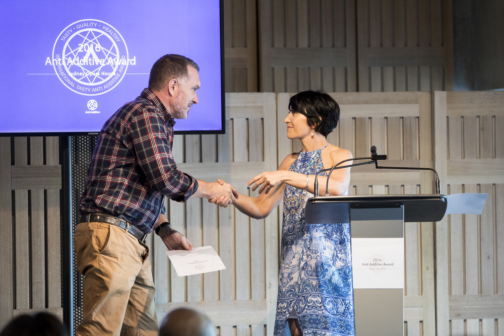 Award Winner:  Cafe Sydney   / James Kidman