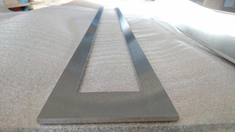 Rustfrit stål slebet på Costa MD5