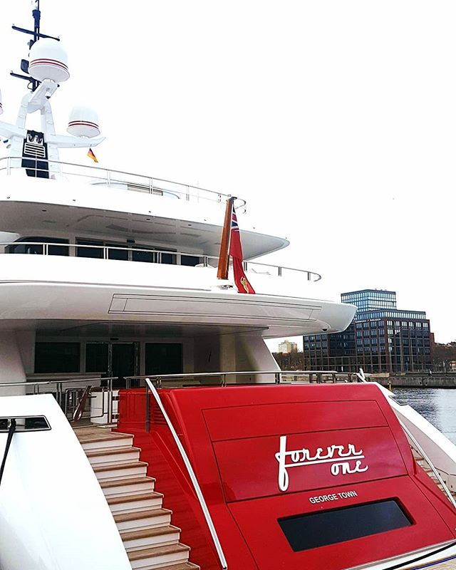 This iconic beauty was spotted in Germany! Forever One, easy to recognize with her Red and White colours. A very much respected client of ours always pushing to come up with something unique!  Thank you for inspiring us and welcoming us on board.
