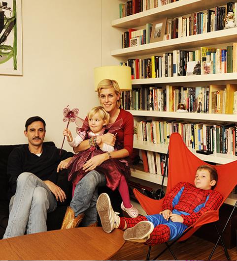 monapartfamily.jpg