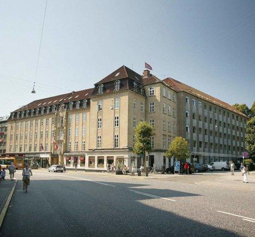 The Mayor Hotel  Banegårdspladsen 14, 8000 Aarhus C