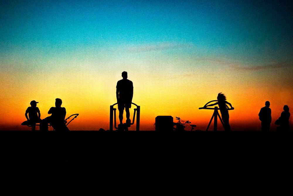 Spyrides_Kyle_Bonito_la_puesta_de_sol_3_DSC0361 copy.jpg