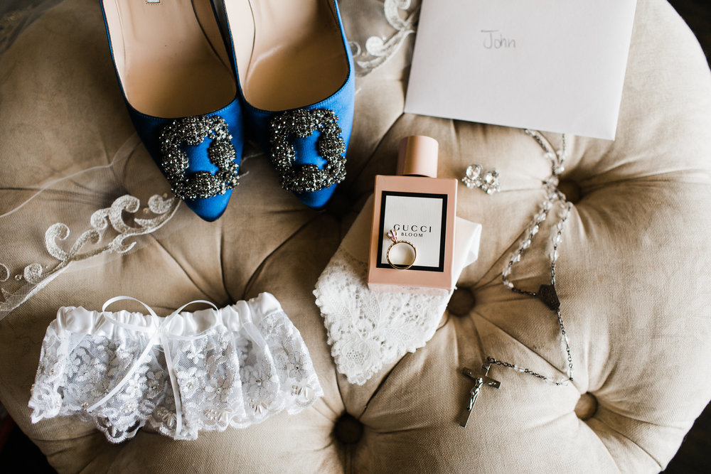 John+EmmaWeddingPreparation-15.jpg