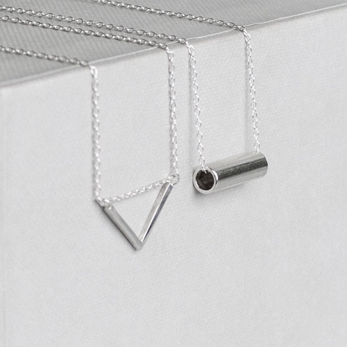 minimal custom bars bar necklace closeup edit shop judd gldn