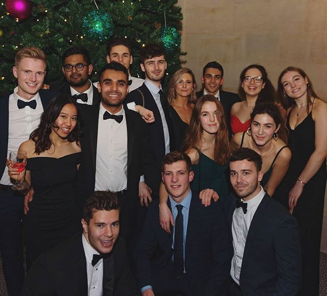 Merry (almost) Christmas/ Happy Holidays from your 2018/19 EFM committee!