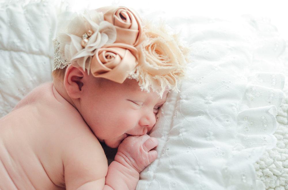 Maddie.Newborn-7.jpg