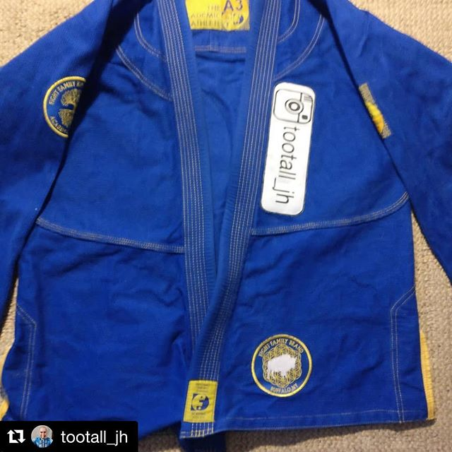 Good luck to all competitors this weekend! Choke some necks! #Repost @tootall_jh with @get_repost ・・・ Packing up for my trip to @ibjjf NY Open and figured I'd show off my GI.  I cannot wait to rep my gym and my home town over the next two days.  Thanks to @sublimated4patches for the awesome custom patch! @buzzgearbjj @buffalo_united_martial_arts @fight_family_brand @violentgentlemen