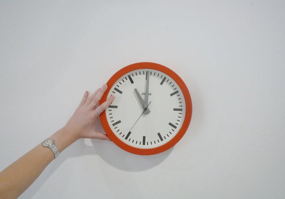 meet room hire (jazzy clock)