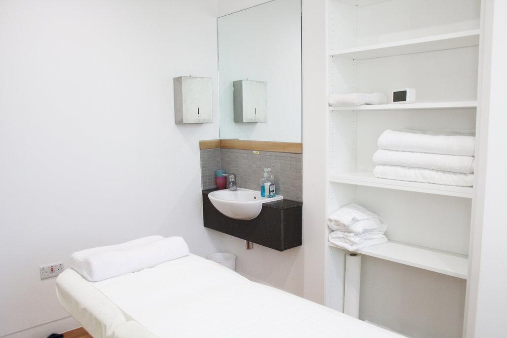 Treatment Room 4.jpg