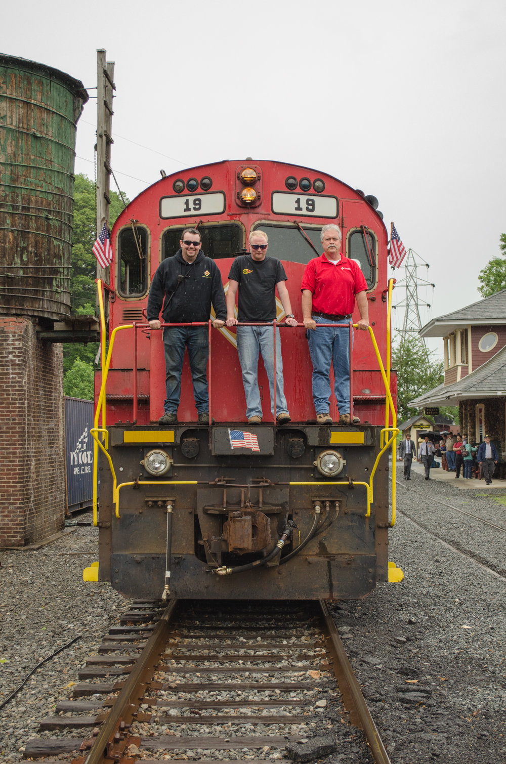 The last M&E crew to operate No. 19