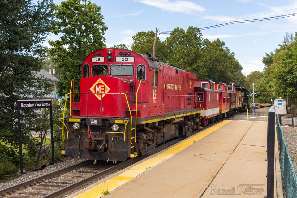 19 and Tri-State's cabooses headed back to Boonton on the tail end of Norfolk Souther H-02, seen here in Mountain View, NJ. Photo: Russel Sullivan