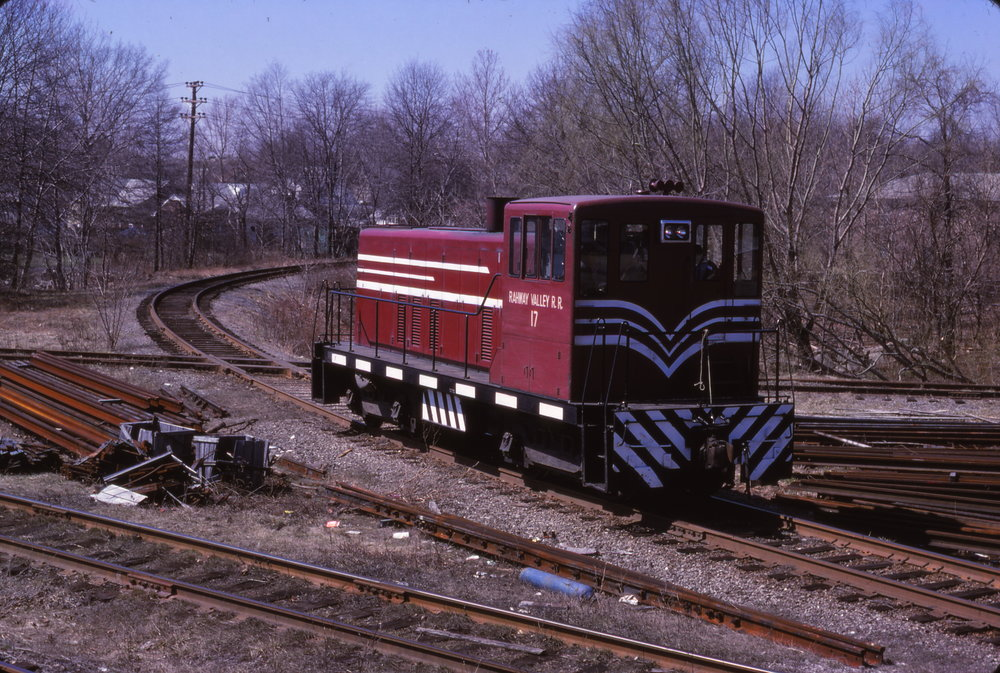 Nos. 17 was repainted into this Cornell-red and white scheme in 1976. The locomotive is pictured at the Conrail (ex-Lehigh Valley) interchange in Roselle Park, NJ on March 3, 1978.  (Ralph Curcio photo, Richard J. King collection)