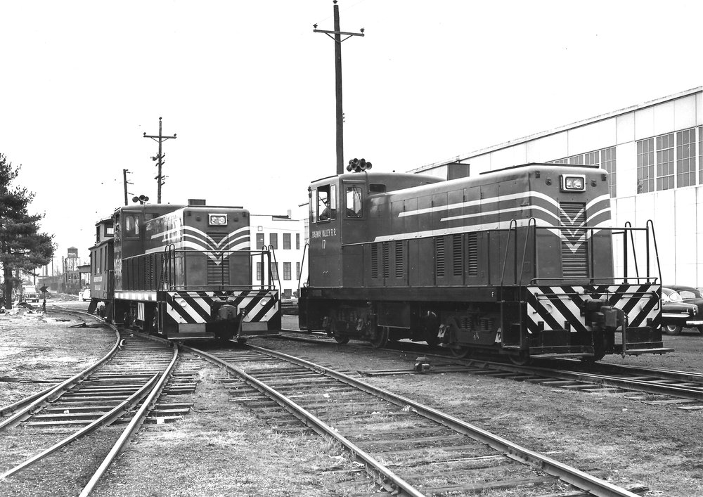 RV 16 and 17 pose for a professional photograph at Kenilworth, NJ, site of the railraod's headquarters, on January 19, 1956.  (Michael Caputo photo, Richard J. King collection)