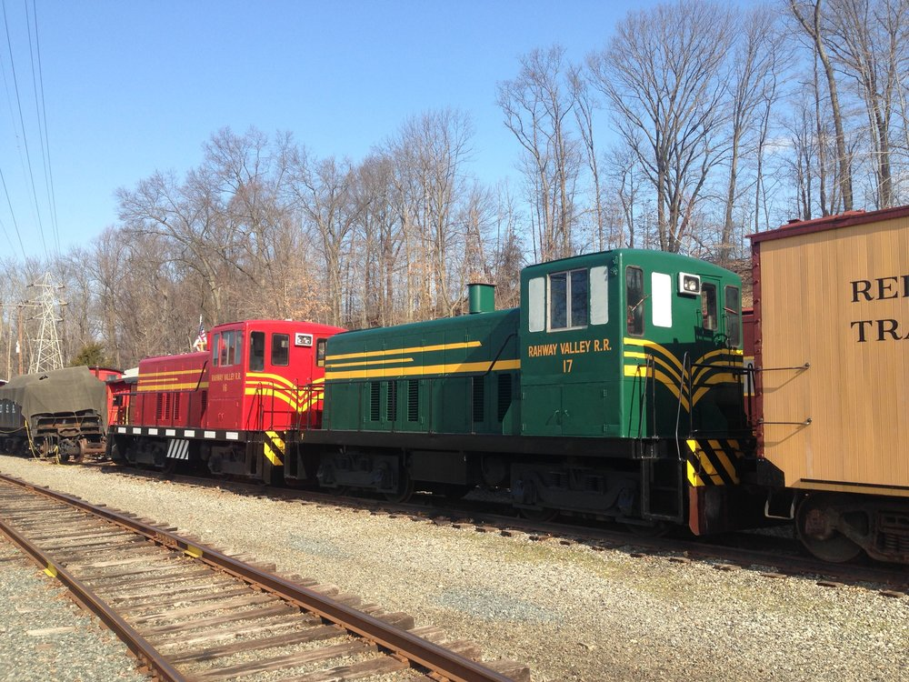 RV 16 and 17 on display at the Whippany Railway Museum in 2014.  (Richard J. King photo)