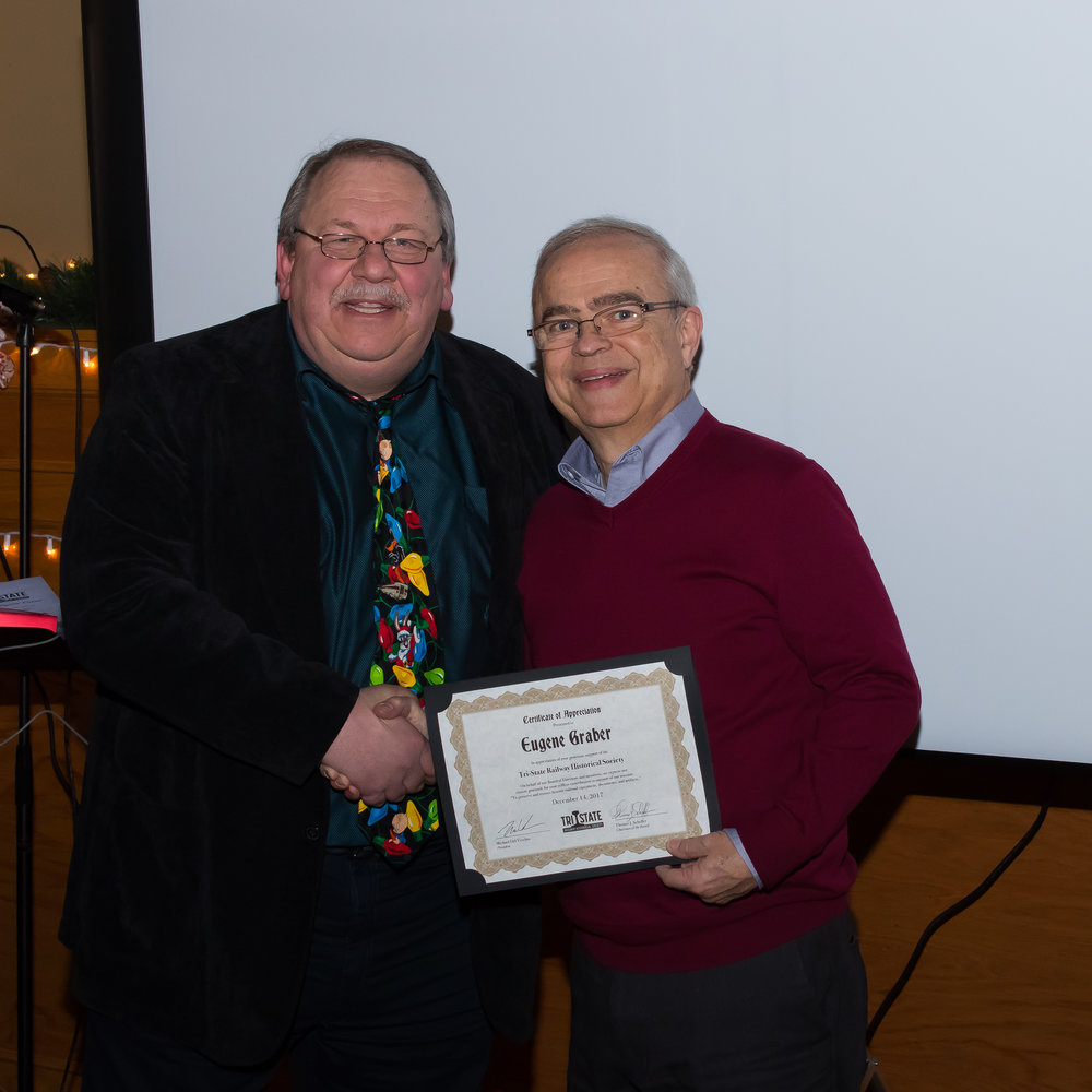 Member Eugene Graber receives a donor Certificate of Appreciation
