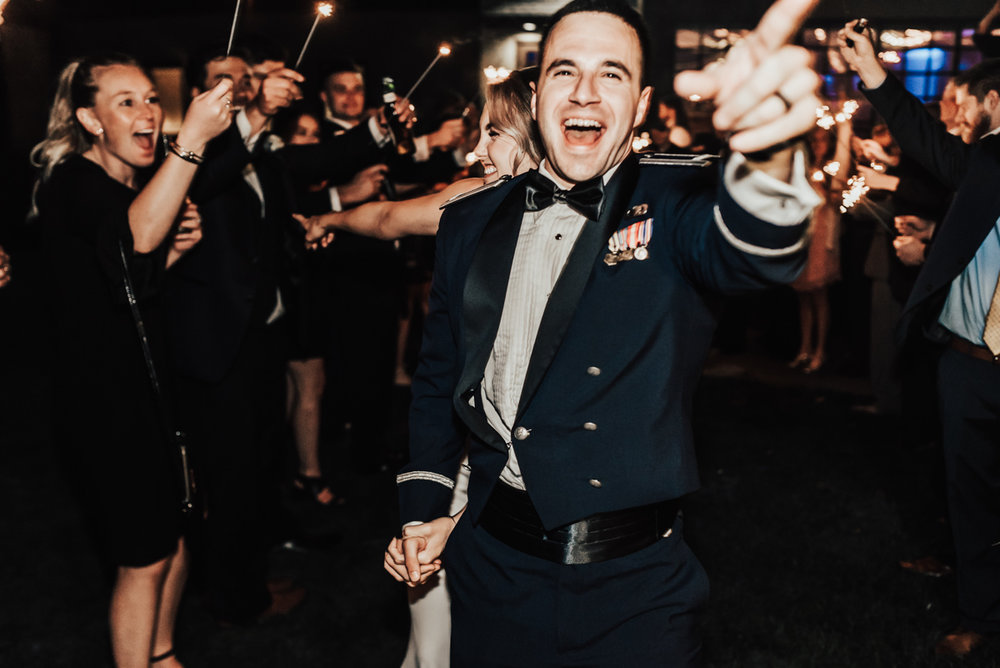 Ian, you were the goofiest groom and I loved it. So much enthusiasm hahaha.