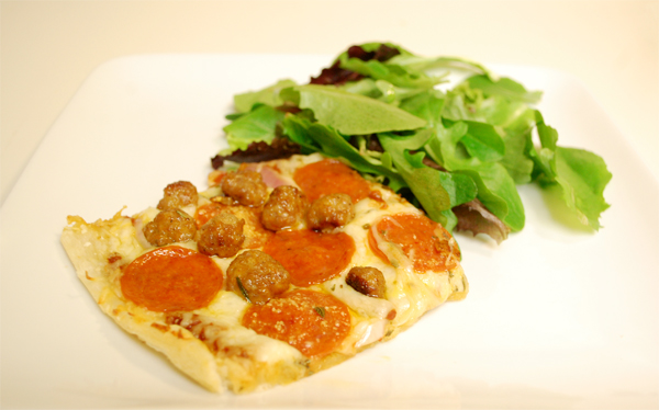 mikeyspizza.jpg