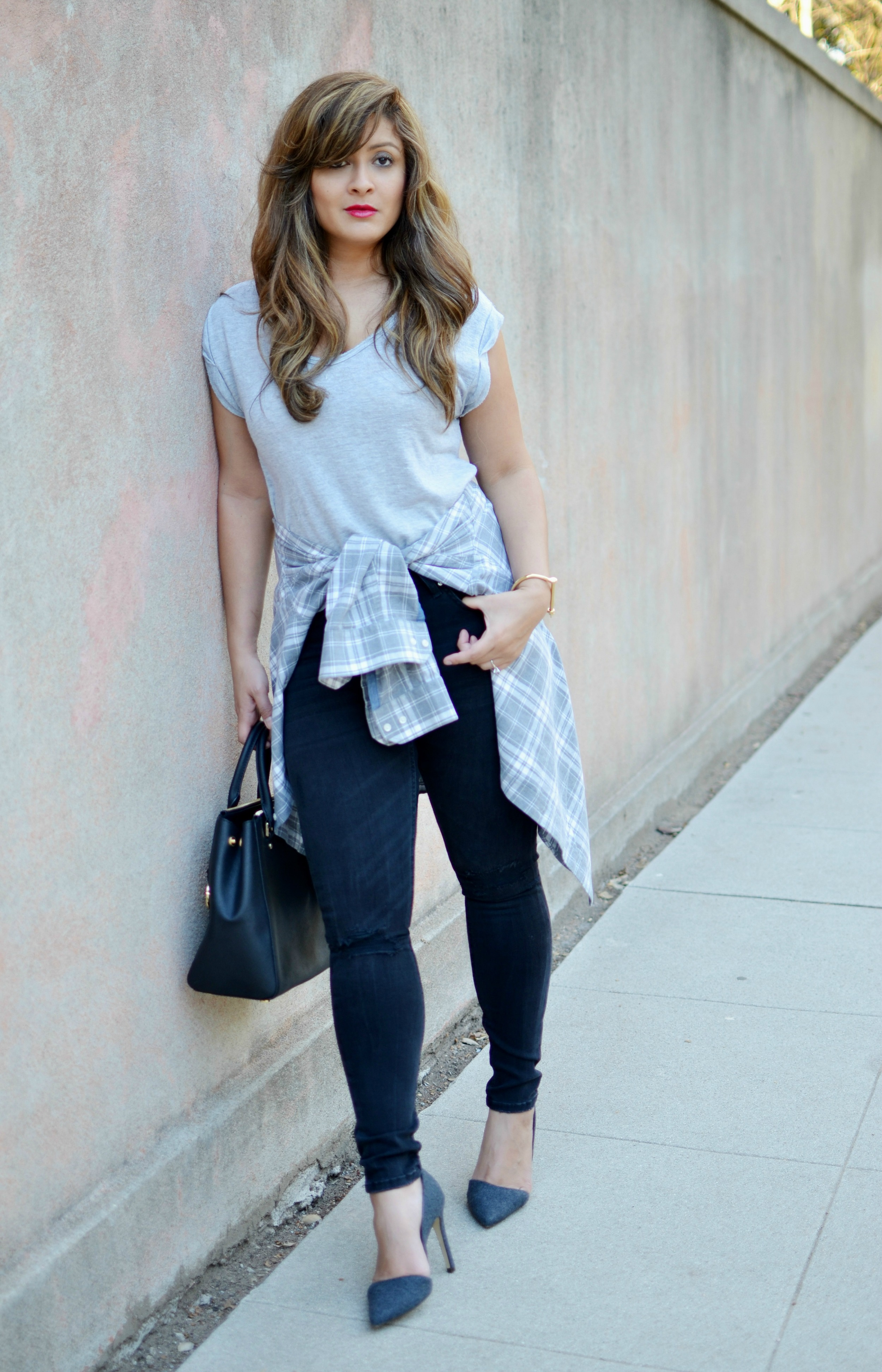 Wearing 90s flannel - theartmuse