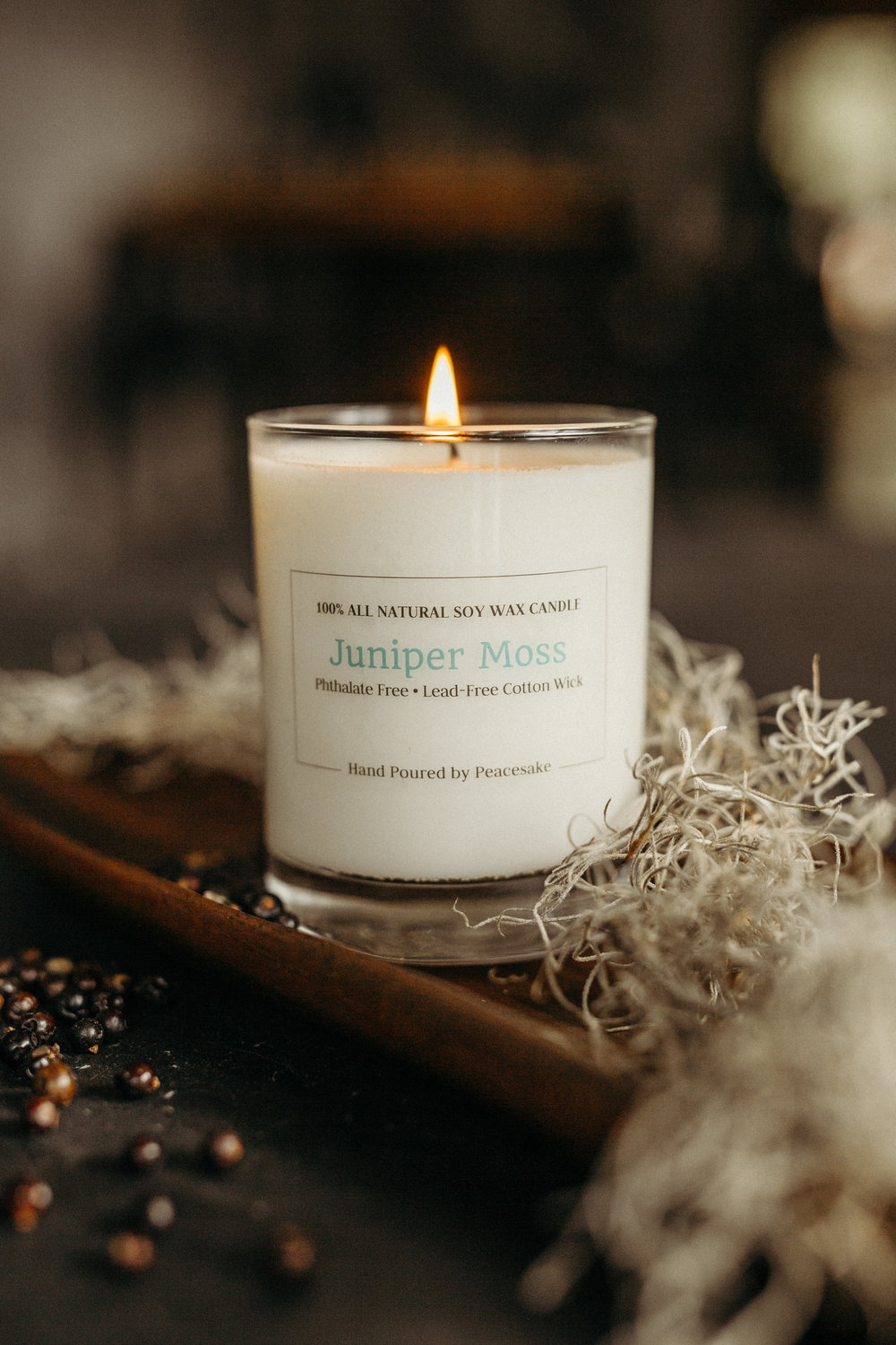 peacesake-phthalate-free-soy-wax-candle-juniper-moss-cotton-wick