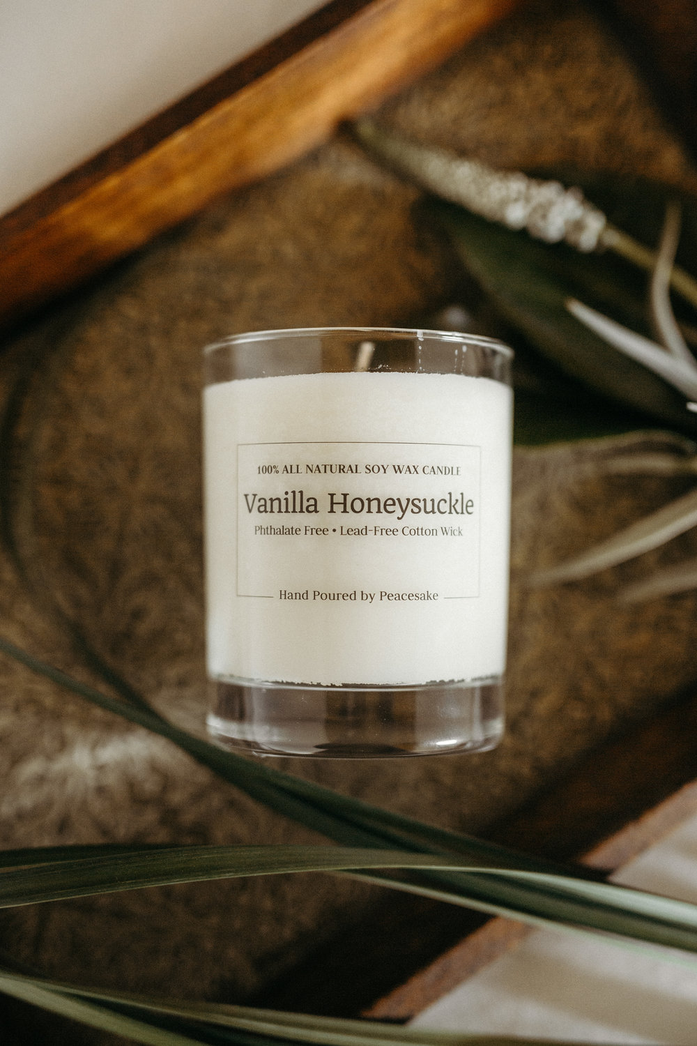 peacesake-all-natural-soy-wax-cotton-wick-vegan-candle-phthalate-free-vanilla-honeysuckle