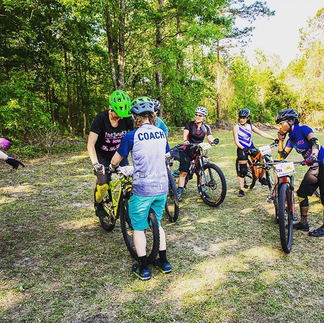 1st #ladiesallride 🚴‍♀️ camp was well worth the 🛫 and prep! The Florida warmth in 🌞 #Santos felt lovely 😁 with an inspiring group of strong women mountain bikers. Thank you @allthingssassy for 📸 me doing what I enjoy most! 😊 #ridebikesbehappy #mtblove #livbeyond #howweliv @ladiesallride @livcycling