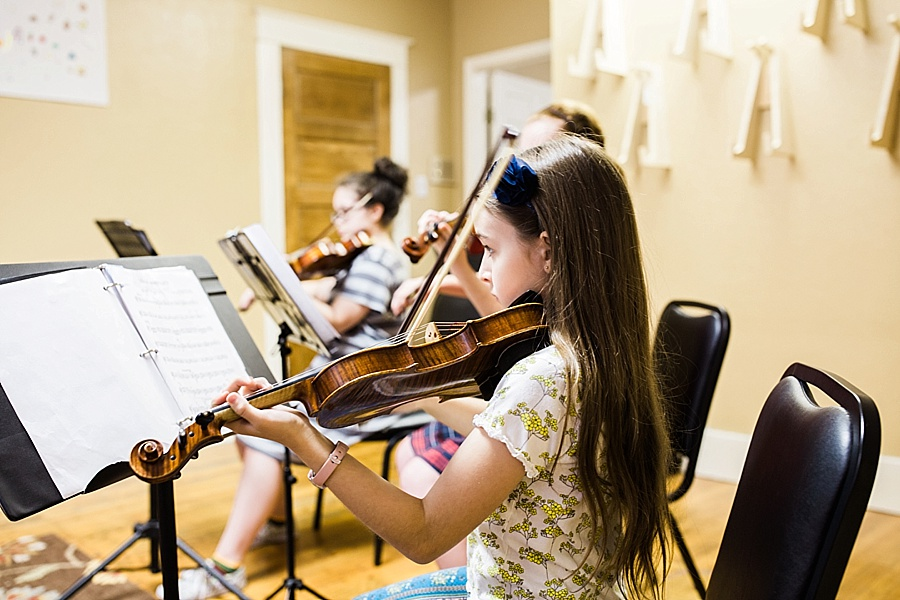 group-student-strings-ensemble-beginner-advanced-child-photo.jpg