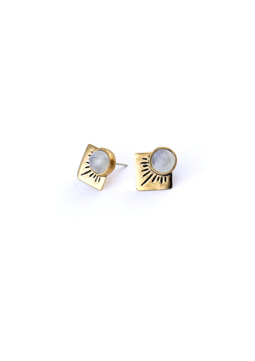 isobell-design-stud-earrings-gold.jpg
