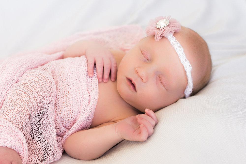 Emerson-Kathryn-Newborn-20.jpg