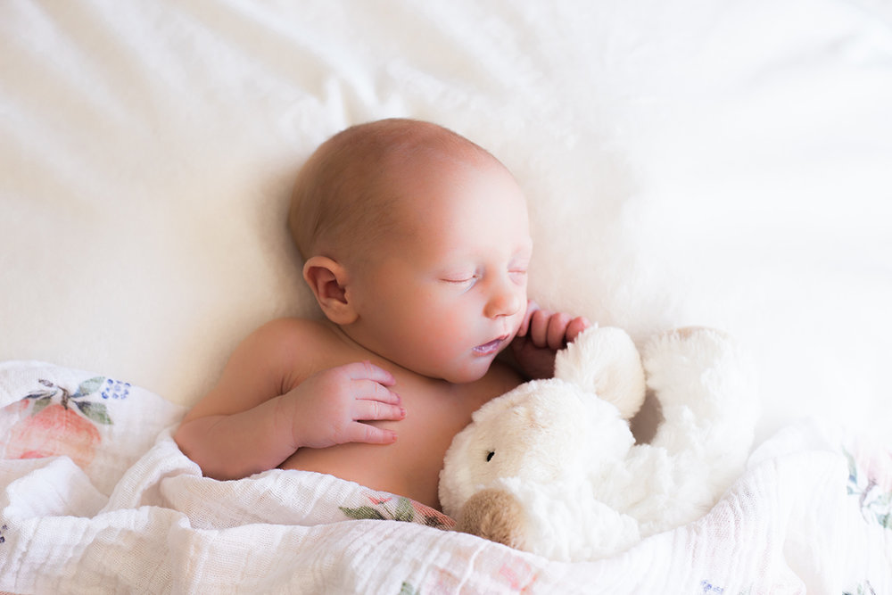 Emerson-Kathryn-Newborn-25.jpg