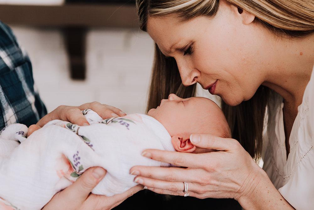 Emerson-Kathryn-Newborn-76.jpg