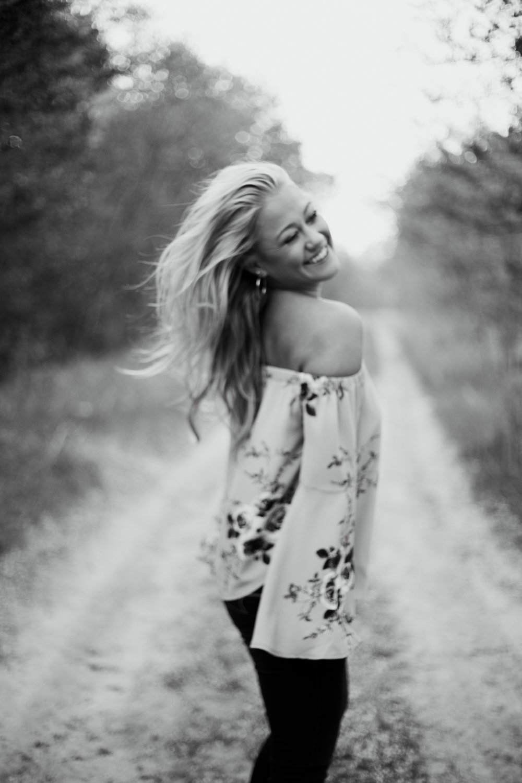 Brianna-Perrin-Senior-22.jpg